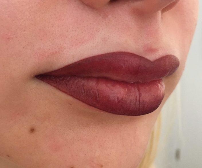 Permanent Make-up Lippen direkt nach der Behandlung