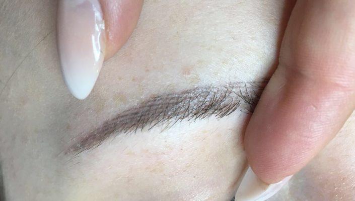 Permanent Make-up Augenbrauen nachher
